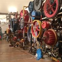 Photo prise au Museum Tinguely par Connie W. le1/18/2013