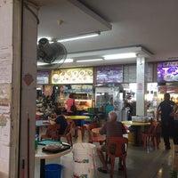 Photo taken at Hong Lee Coffeeshop by Nalin N. on 12/8/2016