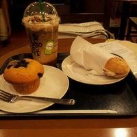 Photo taken at Starbucks by Tadamasa K. on 9/29/2012
