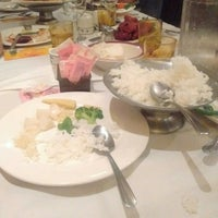 Photo taken at Taste King Chinese Restaurant by Bookspace on 7/24/2016