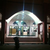 Photo taken at Masjid Al-Khasyi'in by Es R. on 7/8/2013