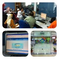 Photo taken at Pejabat Tanah & Daerah Seremban by Es R. on 4/26/2013