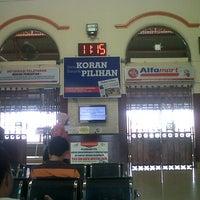 Photo taken at Stasiun Cirebon Kejaksan by Erick D. on 12/4/2012