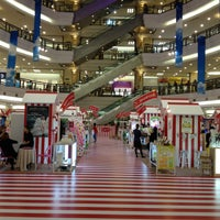 Photo taken at 1 Utama Shopping Centre (New Wing) by LoNeLy G. on 5/9/2013