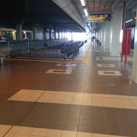 Photo taken at Platform 6 by Aye on 3/8/2013