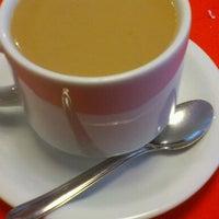 Photo taken at Restaurante e Confeitaria Blumenau by Jefferson B. on 10/19/2012