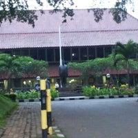 Photo taken at Fakultas Hukum by S Rahmad J. on 12/11/2012