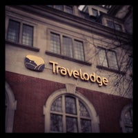 Photo taken at Travelodge London Kings Cross by Toby I. on 11/23/2012