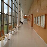 Foto tomada en Facultad de Ciencias de la Información (UCM) por Tomas R. el 2/22/2013