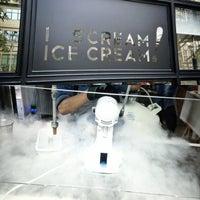 Foto tirada no(a) LIN Artisan Ice Cream por Mark Ryan K. em 8/11/2013