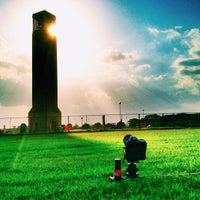 Foto tirada no(a) Albritton Bell Tower por Matt J. em 7/29/2013