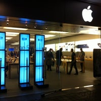 Photo taken at Apple Biltmore by Joeri V. on 10/27/2012