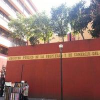 Das Foto wurde bei Registro Público de la Propiedad y Comercio von kYcHo ® am 2/1/2013 aufgenommen