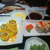 Photo taken at Midori Japanese Restaurant by Yusuf A. on 10/3/2012