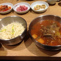 Photo taken at 왕건 한우육개장 by Soo Young A. on 4/10/2014