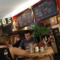 Foto tirada no(a) Seven Lives Tacos Y Mariscos por Jason K. em 6/12/2013
