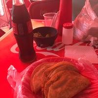Photo taken at Tacos Barbacoa Prepa 5 by Momo K. on 10/14/2016