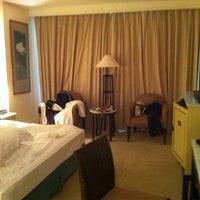 Photo taken at Meritus Mandarin Hotel by Richard K. on 12/24/2012