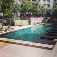 Photo taken at Salt Water Jaccuzi Pool @ Seri Maya Condominium by Jan A. on 6/6/2013