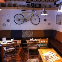 Снимок сделан в DRUZI cafe & bar пользователем Vitaly P. 2/10/2013