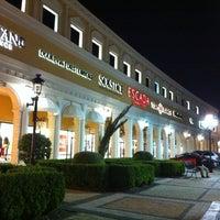 Foto tomada en San Marcos Premium Outlets por Faisal A. el 10/13/2012