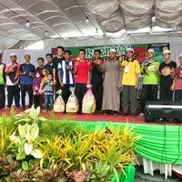 Photo taken at Masjid Al-Wustha Guar Chempedak by Hakim T. on 12/9/2017
