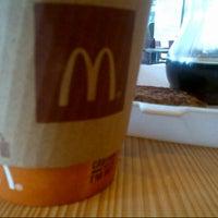 1/28/2013 tarihinde Aiji T.ziyaretçi tarafından McDonald's'de çekilen fotoğraf