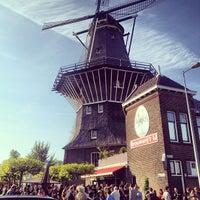 Foto tirada no(a) Brouwerij 't IJ por Joy M. em 5/31/2013
