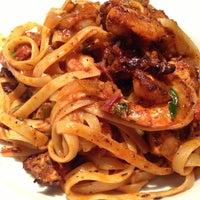 Photo taken at California Pizza Kitchen by Taro K. on 11/3/2012