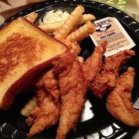 Photo taken at Zaxby's Chicken Fingers & Buffalo Wings by Jaysen N. on 4/18/2013