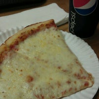 Photo taken at Mario's Gourmet Hand Tossed Pizza by Valerie G. on 9/22/2012