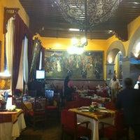 Photo prise au Hotel Posada Santa Fe par GO M. le11/25/2012