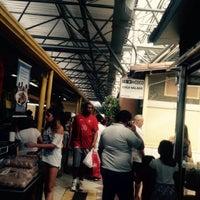 4/7/2015 tarihinde Marta F.ziyaretçi tarafından Banca do Pastel'de çekilen fotoğraf