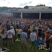 Photo taken at Aaron's Amphitheatre at Lakewood by Eden P. on 7/14/2013