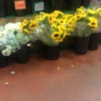 Photo prise au Trader Joe's par Marianna H. le9/18/2012