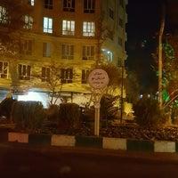 Photo taken at Daryan No Square by Fereydoun M. on 12/11/2016