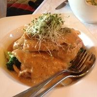 Photo taken at Mengrai Gourmet Thai by Aaron M. on 5/4/2013