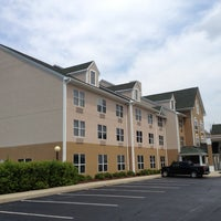 Photo taken at Country Inn and Suites By Carlson, Burlington, NC by Michael G. on 9/29/2012