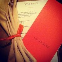 Das Foto wurde bei Van Horne Restaurant von Mayssam S. am 9/14/2012 aufgenommen