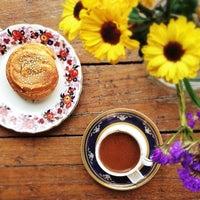 Photo prise au Café Replika par Mayssam S. le11/2/2013