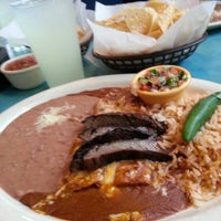 Photo taken at Serranos Cocina y Cantina - Southpark by Jay R. on 9/28/2012