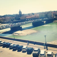 Photo taken at Ponte Vespucci by Ceren K. on 4/22/2013