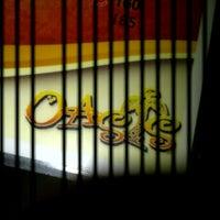 Foto scattata a Oasis Bar and Grill da Yas A. il 12/21/2012