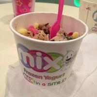 Photo taken at Mix Frozen Yogurt by Becca P. on 5/4/2013