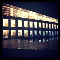 1/2/2013에 Nese S.님이 Mustafa İnan Kütüphanesi에서 찍은 사진
