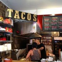 Foto tirada no(a) Seven Lives Tacos Y Mariscos por Amanda B. em 7/6/2013