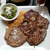 Photo taken at Salsa & Agave Mexican Grill by 제미 J. on 8/29/2013