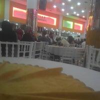 Photo taken at Oktaylar Düğün Salonu by Sezer T. on 11/5/2016