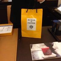 Photo taken at Acqua di Parma by Abdulaziz 🇩🇿 on 3/13/2014