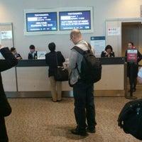 Photo taken at Gate G101 by Takuya N. on 11/9/2011